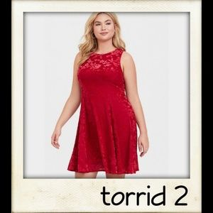 🎨👼🏽🆕️ Red Flocked Trapeze Dress
